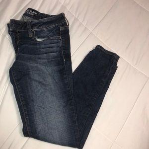 skinny jegging jeans